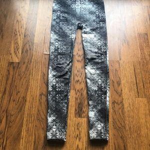Dex Fleece grey/black lined leggings size medium